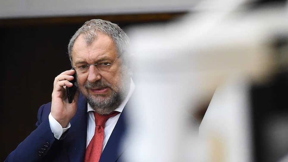 Член комитета Госдумы по бюджету и налогам Владислав Резник