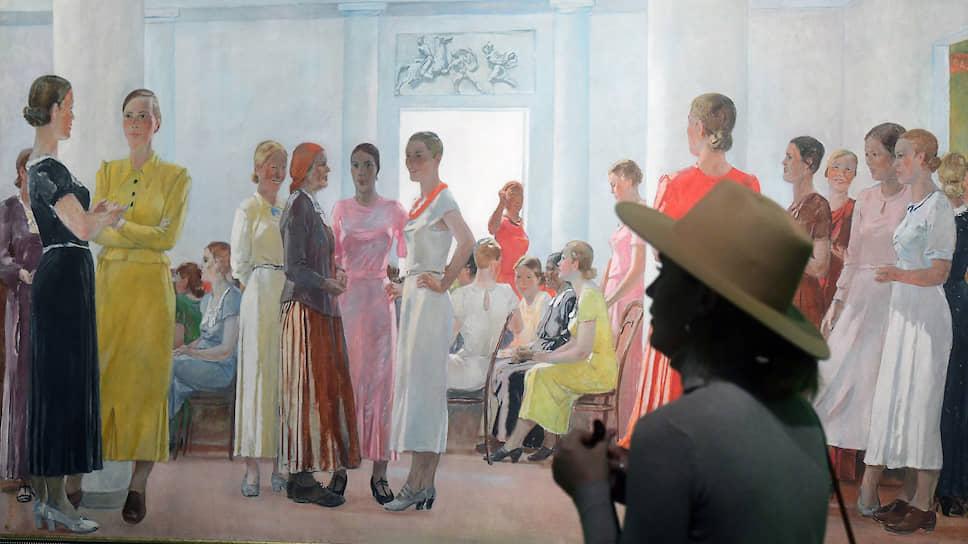 Оды советской красоте в исполнении обоих художников кажутся реальнее самой породившей их реальности