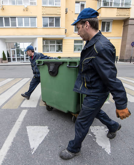 Все перемещения мусора в стране обещают сделать открытыми для публики