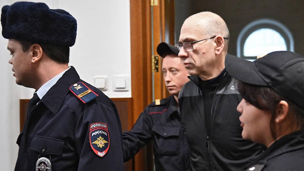 Алексею Кузнецову грозит 14-летний срок
