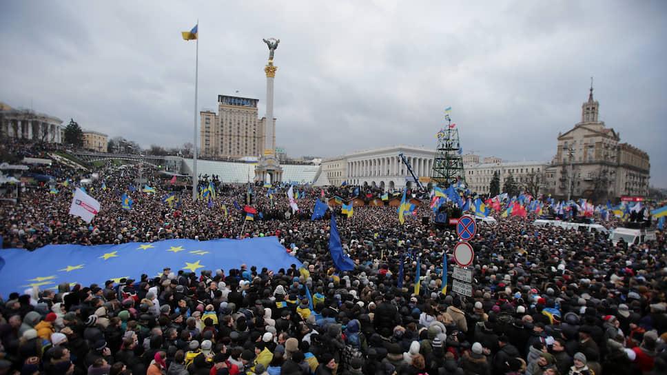 Митинг на Майдане Незалежности 1 декабря 2013 года