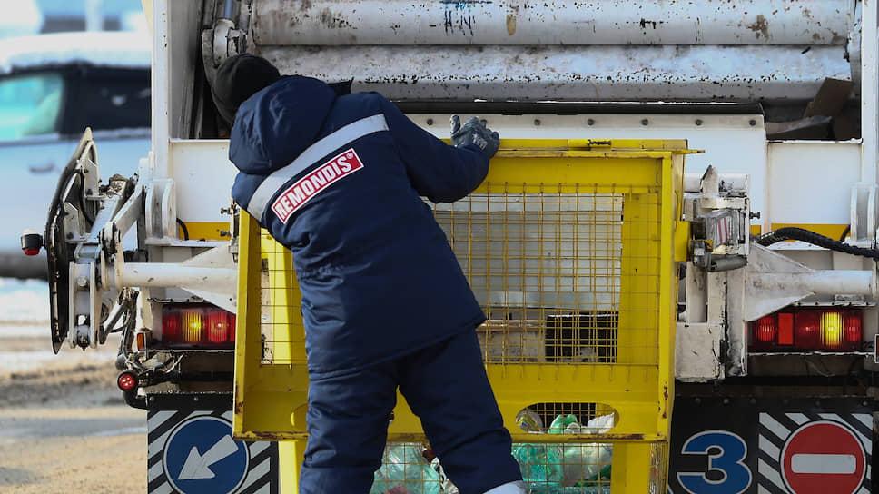 Мусорную реформу обещают сделать более справедливой для потребителя, но это не во всех случаях приведет к снижению тарифов на вывоз отходов