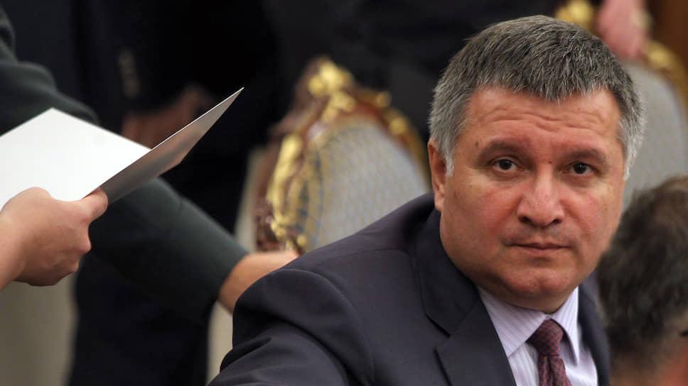Отвечая на заявление спикера Госдумы РФ, министр внутренних дел Украины Арсен Аваков скатился до личных оскорблений