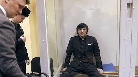 Бывшего замглавы «Росгеологии» судят по-военному  / Руслан Горринг обвиняется в мошенничестве, совершенном несколько лет назад