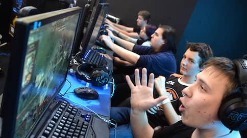 Киберспорт спальных районов  / За год число компьютерных клубов в стране удвоилось