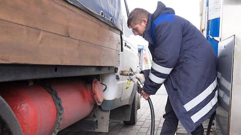 Грузовики пускают в объезд «Платона» // АЕБ поддержала льготы для машин на газе