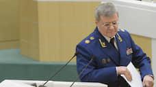 Генпрокурор проявил себя генадвокатом  / Юрий Чайка вступился за сбежавших на Украину