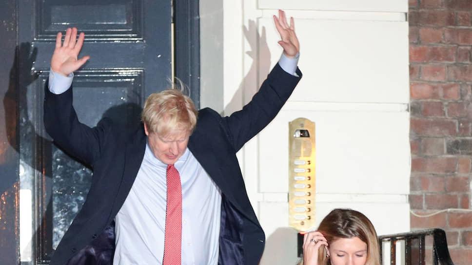 """Итоги всеобщего голосования британский премьер-министр Борис Джонсон расценил как «внушительный мандат на то, чтобы провести """"Брексит""""»"""