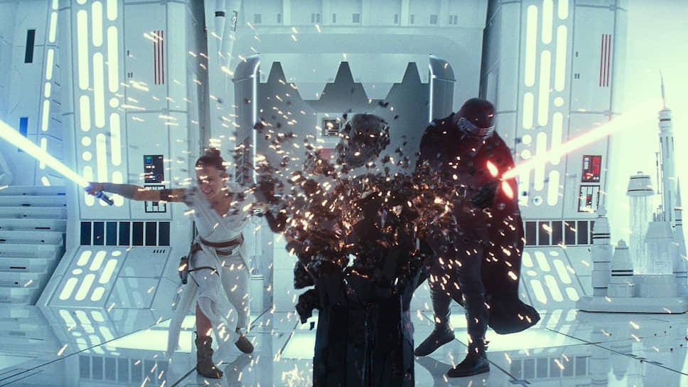 Компьютерной зрелищности новых «Звездных войн» заметно недостает обаяния, свойственного первым фильмам саги