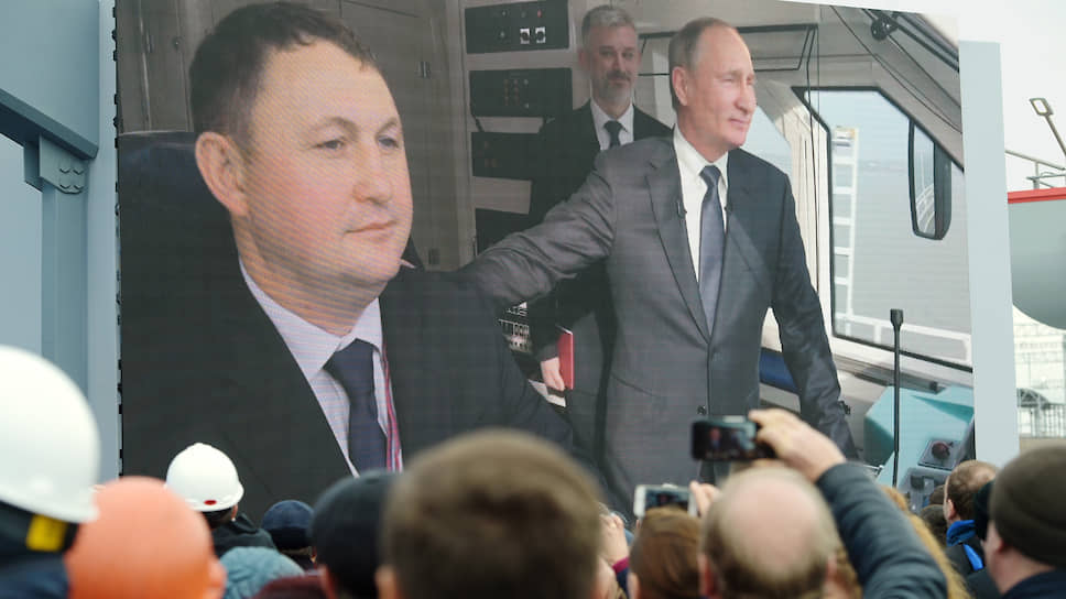 Владимир Путин встал в полный мост