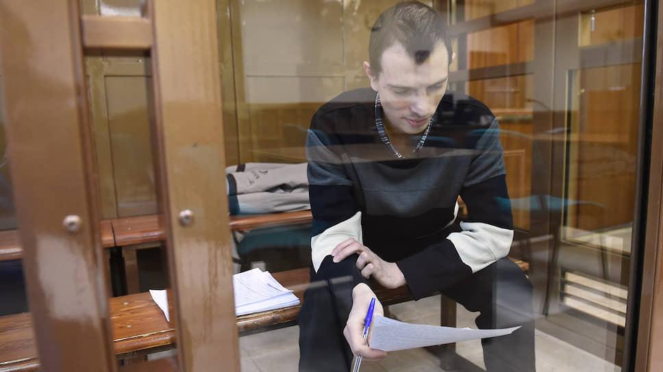 Московские суды отклонили иски Романа Ушакова