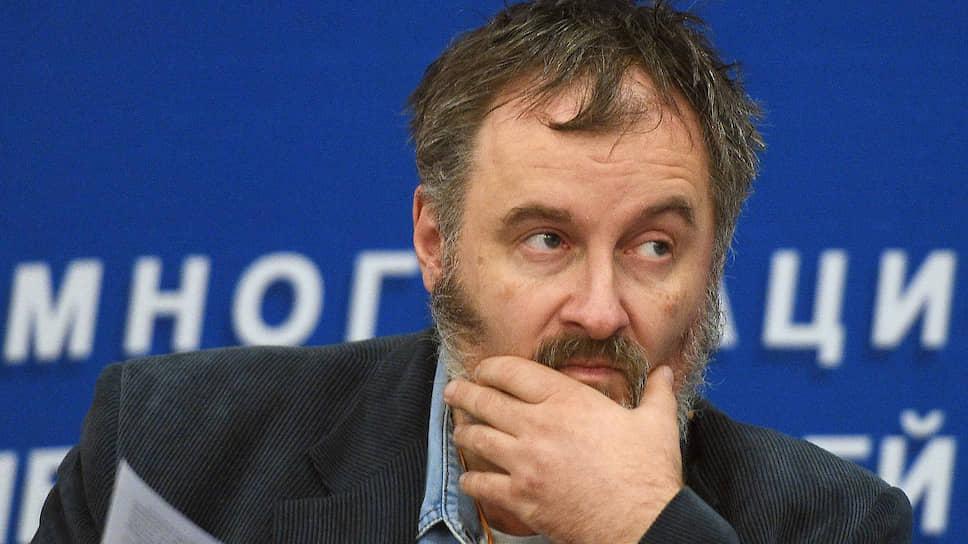 Председатель совета «Мемориала» Александр Черкасов объяснил, как штрафы влияют на работу правозащитного центра
