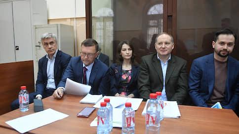25 млн рублей суд не впечатлили  / Майкла Калви и Филиппа Дельпаля не отпустили под залог