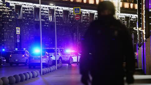 С широко открытыми глазами  / В ФСБ выявили служебные нарушения во время перестрелки на Лубянке