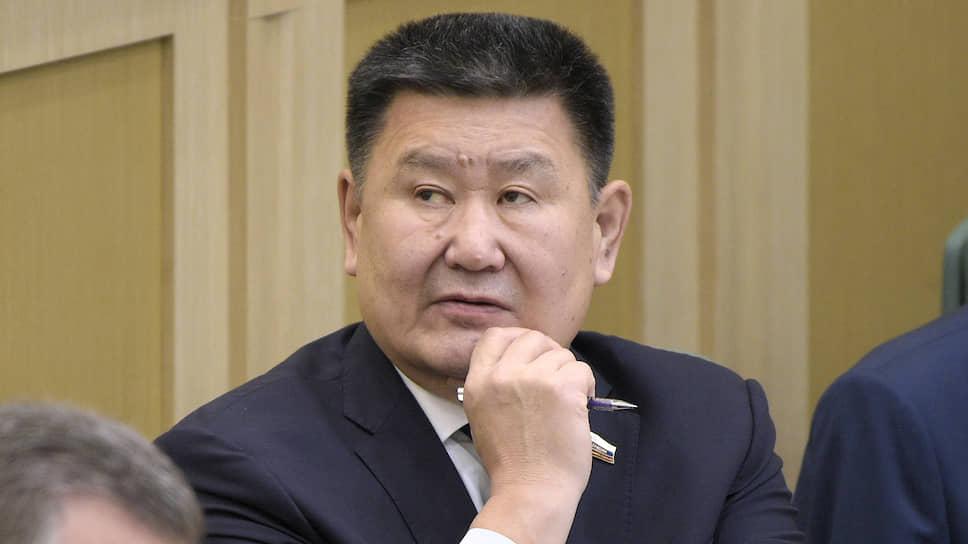 Представитель в Совете федерации от исполнительного органа государственной власти Иркутской области Вячеслав Мархаев
