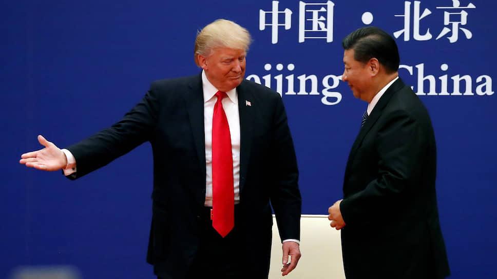 Президенту США Дональду Трампу все же удалось убедить главу КНР Си Цзиньпина в том, что шопинг неизбежен