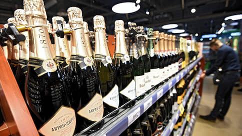 Российское вино покажут в рекламе  / Так производители рассчитывают увеличить продажи