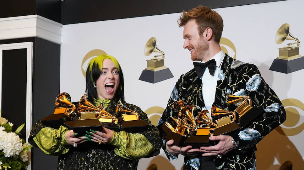 Билли Айлиш и ее брат и соавтор Финнеас О'Коннелл получили столько Grammy, сколько смогли унести