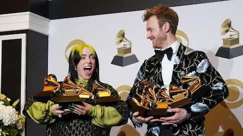 Девочка Бонда  / Вручены премии Grammy