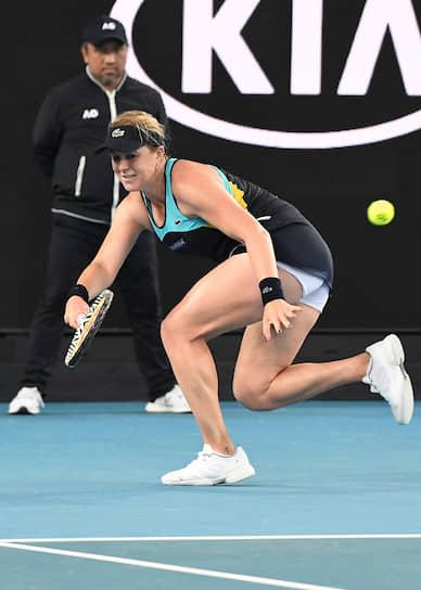 Анастасия Павлюченкова (на фото) в матче четвертого круга против Анжелик Кербер действовала предельно агрессивно, выиграв ударами навылет 71 очко