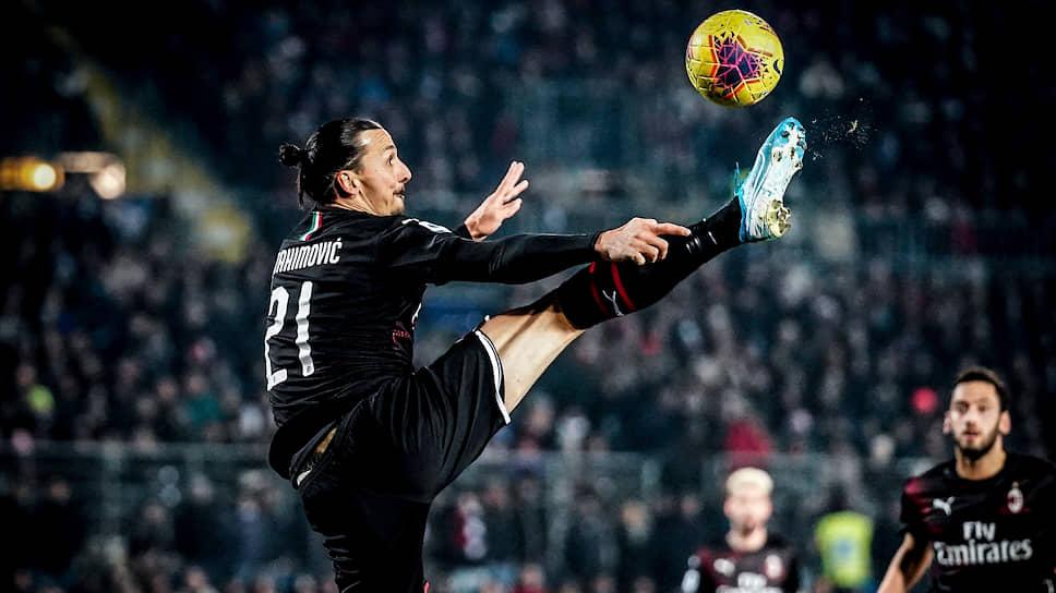 Подписание «Миланом» контракта с 38-летним Златаном Ибрахимовичем стало главным событием зимней трансферной кампании