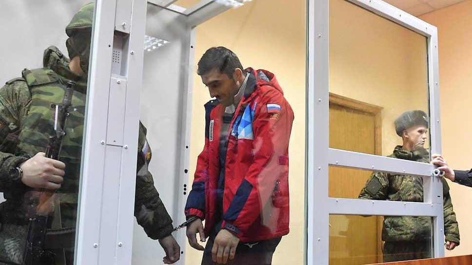 Боксера арестовали как десантника