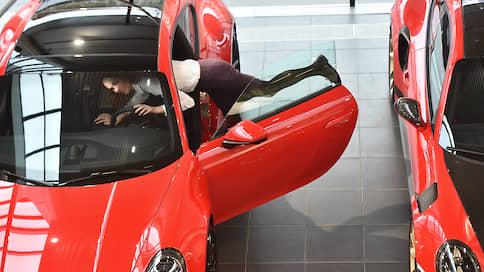 Цены гибридного роста  / Автомобили дорожают из-за льгот, налога, утильсбора и курса