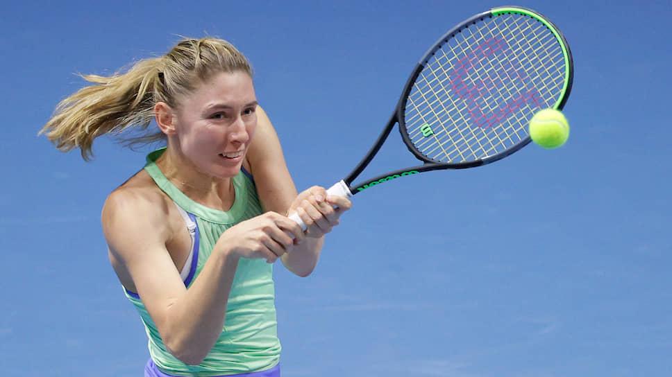 Екатерина Александрова поддержала традицию  / Она вышла в полуфинал турнира WTA в Санкт-Петербурге