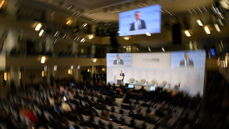 Обсуждения на Мюнхенской конференции этого года крутятся вокруг нового понятия — «беззападность»