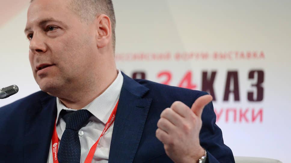 Заместитель главы ФАС Михаил Евраев передал Минфину предложения по усилению контроля закупок госкомпаний, но намерен обсудить их добровольное исполнение и самими компаниями