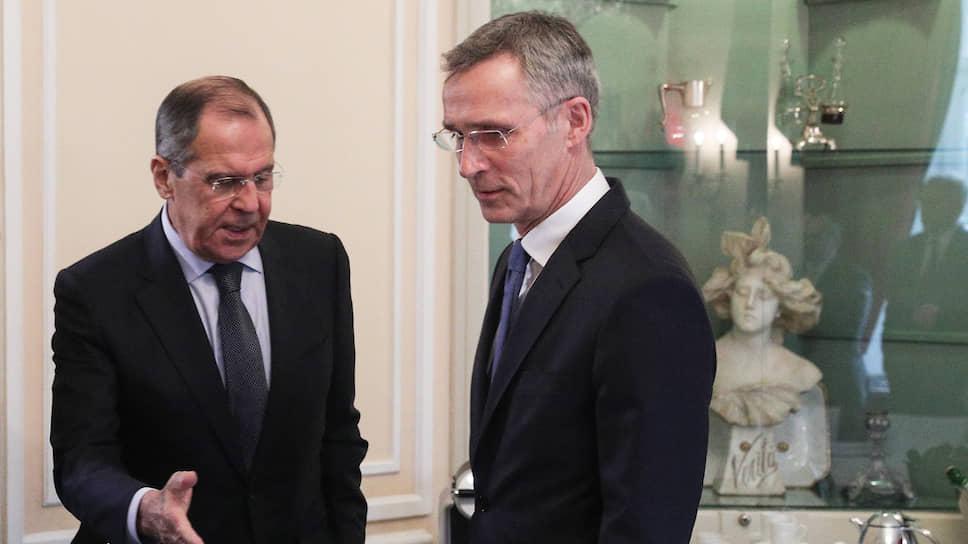 Как НАТО борется с двумя «несуществующими» российскими военными концепциями