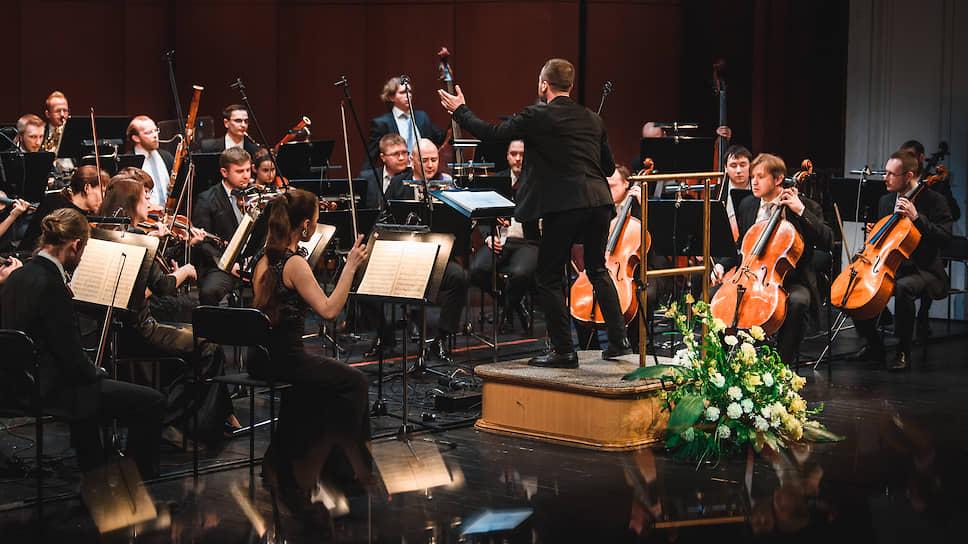 Уехавшему из Перми коллективу Теодора Курентзиса ищут смену в новом Камерном оркестре под управлением Артема Абашева