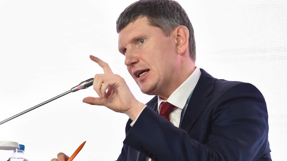 Возглавляемое Максимом Решетниковым Минэкономики ежемесячно будет указывать проектному офису правительства на риски неисполнения нацпроектов