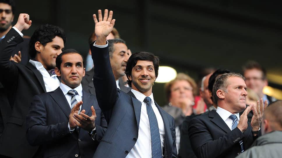 Владельцы «Манчестер Сити» (в центре — шейх Мансур бен Заид Аль Нахайян) готовы потратить любые средства на противостояние с UEFA