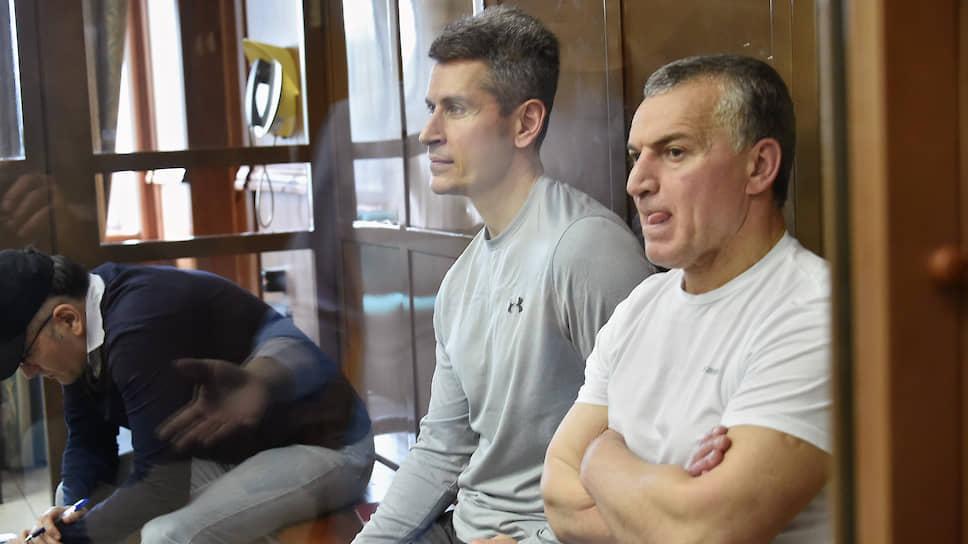 Бывшие владельцы группы компаний «Сумма» Зиявудин и Магомед Магомедовы