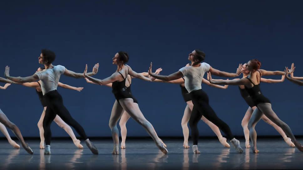 «Четыре темперамента», манифест американской балетной школы имени Баланчина, артисты Парижской оперы станцевали почти без акцента