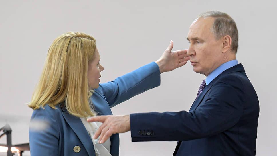 Владимир Путин и ивановские дамы время от времени противоречили друг другу