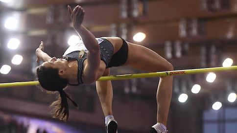 Легкая атлетика легко отделалась  / После уплаты штрафа в крупных турнирах смогут участвовать по десять российских спортсменов