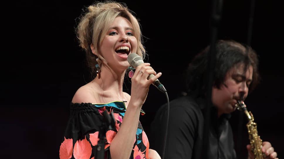 Певица Кристина Ковалева