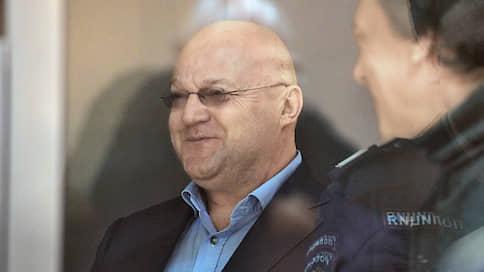 Коррупция в безденежной форме  / Чиновники СКР осуждены без взятки