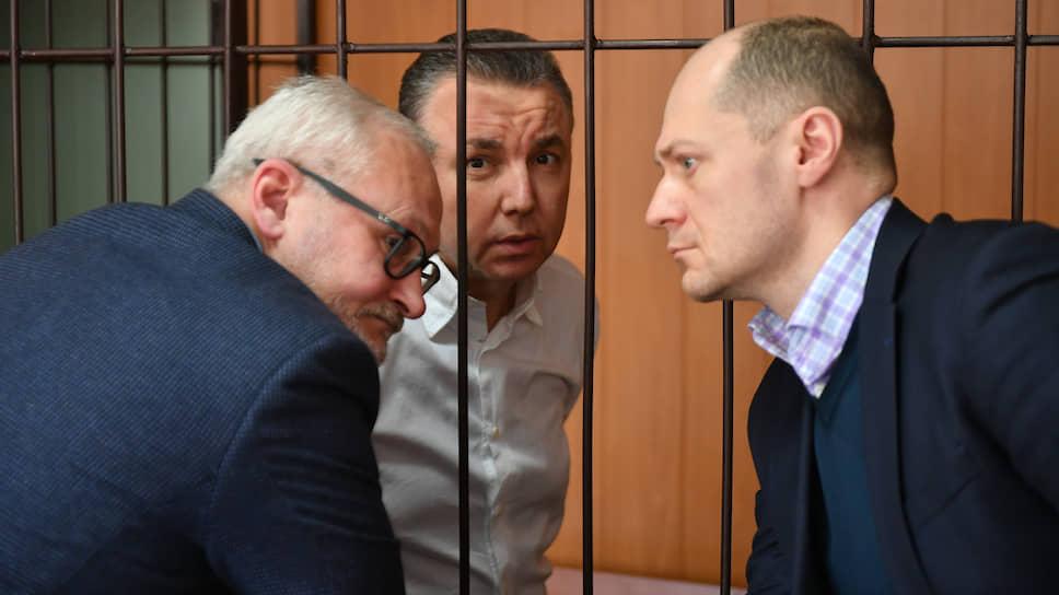 Дмитрий Фролов будет находиться за решеткой до окончания следствия