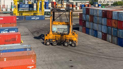 У груза миновало  / В логистических компаниях наблюдают оживление контейнерных перевозок на китайском направлении