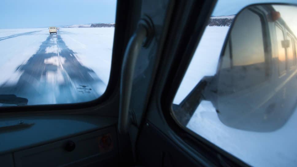 Депутаты и чиновники считают, что ослабление природоохранного режима Байкала поможет сохранить озеро