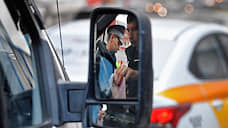 Штраф в два счетчика  / За нарушения ПДД таксистов будут наказывать жестче, чем остальных водителей