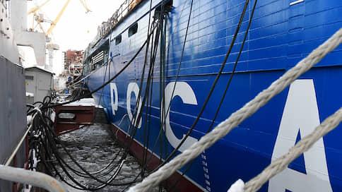«Арктика» получит двигатель через год  / Неисправный агрегат могут заменить в доке в Кронштадте