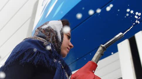 Европейский бензин приедет в Россию // Рынок может залить импортным топливом