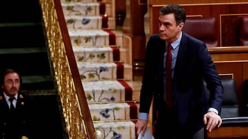 Диктатура пандемии в Испании  / Правительство королевства может закрыть границы для иностранцев на все лето