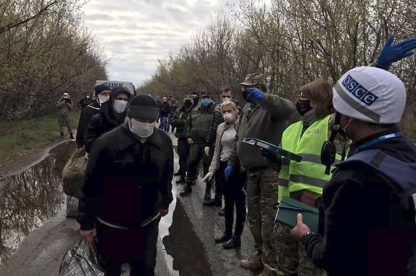Обмен пленными в Донецке