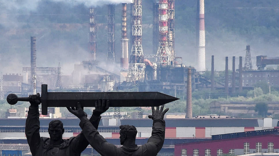Пользуясь карантином, федеральные власти решили отсечь выхлопы транспорта от промышленных выбросов при оценке ситуации в самых грязных городах России