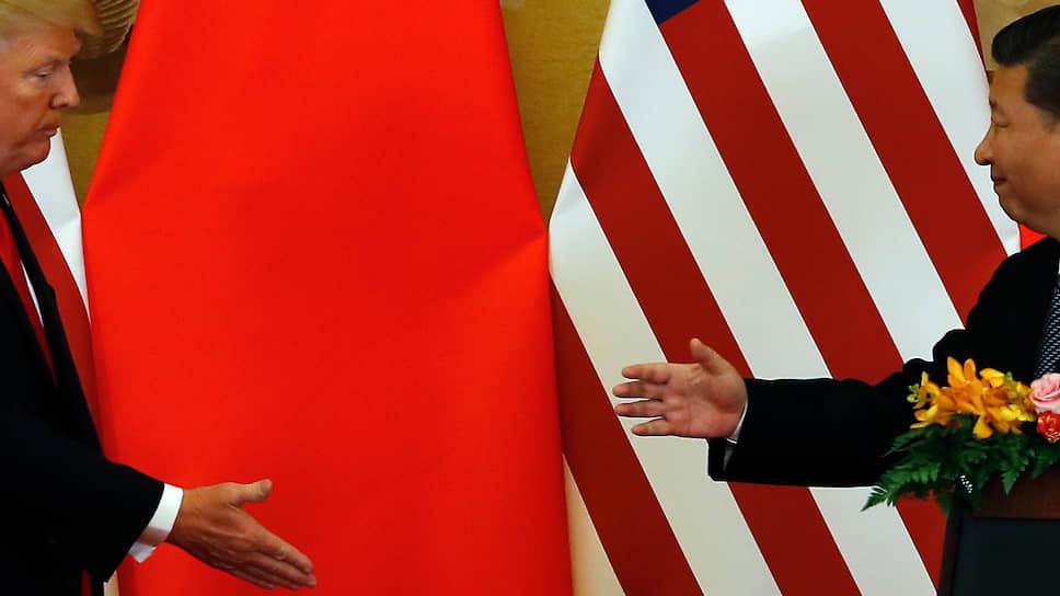 Президент США Дональд Трамп заявил, что ему не о чем говорить с председателем КНР Си Цзиньпином, и пригрозил «вообще разорвать отношения» с Китаем